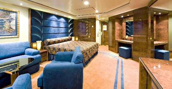 Cabine MSC Yacht Club, no navio MSC Splendida
