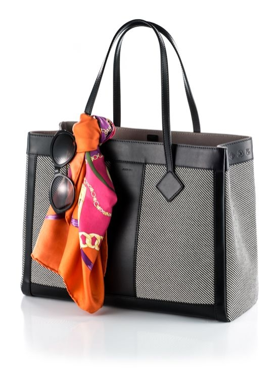 Bolsa Grand Tourist for St. Regis